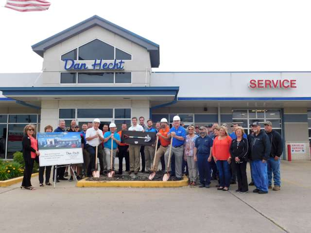 Dan Hecht Chevrolet Toyota Breaks Ground For Addition Effingham S News And Sports Leader 979xfm And Kj Country 102 3