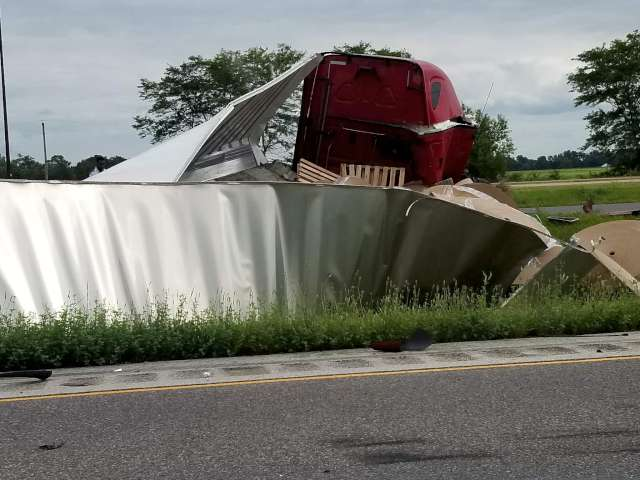 Two Semis, Two Cars Involved in Fayette County Crash